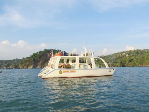 Catamaran-Manuel-Antonio-Tour-Operators-Costa-Rica-04