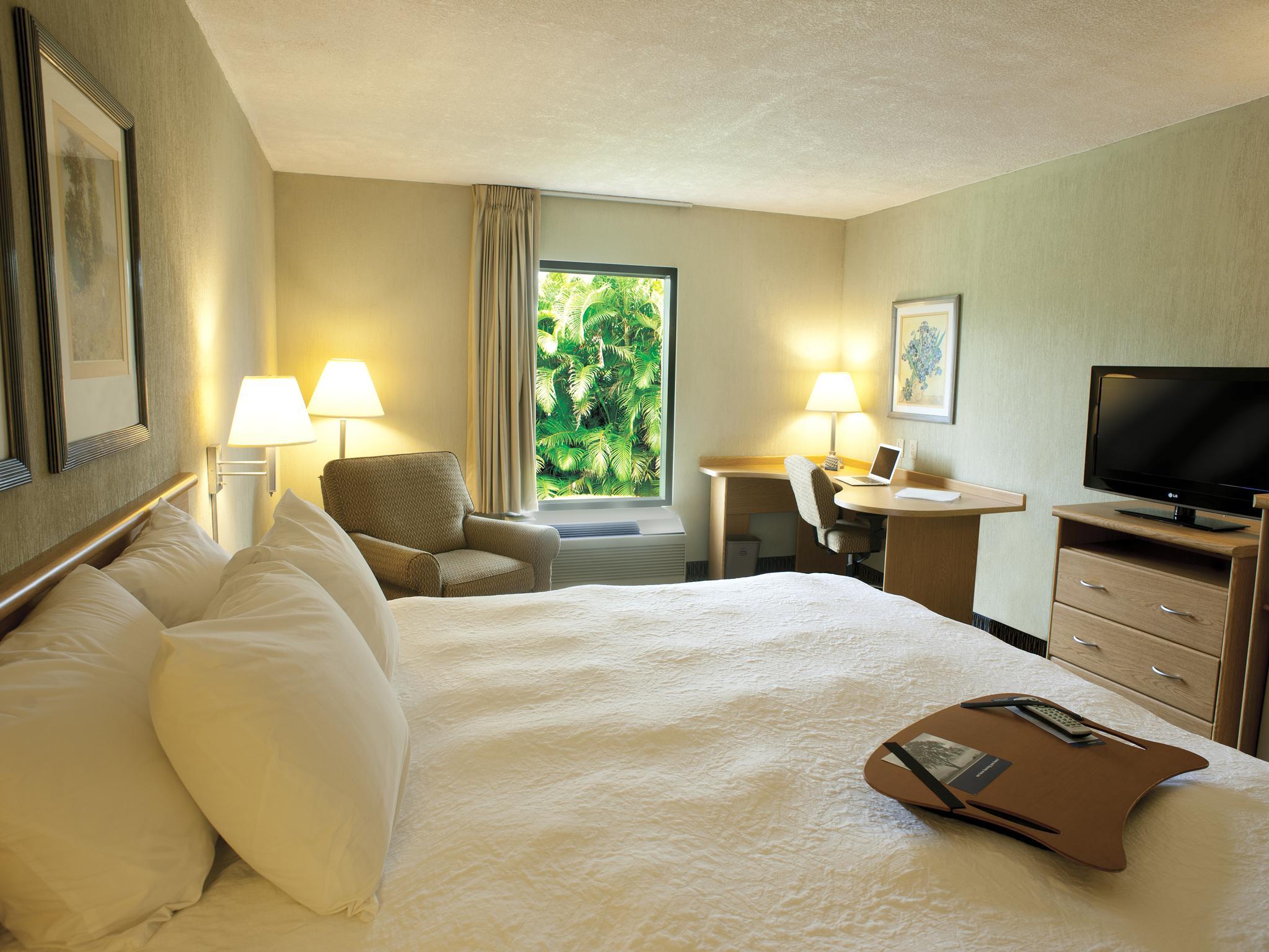 Hotel-Hampton-Inn-Tour-Operators-Costa-Rica-10