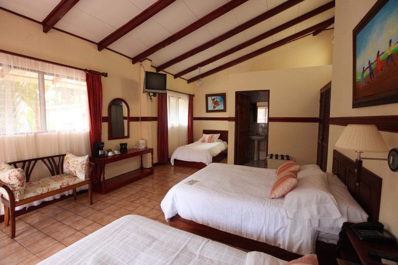 Hotel-Playa-Espadilla-Tour-Operators-Costa-Rica-05