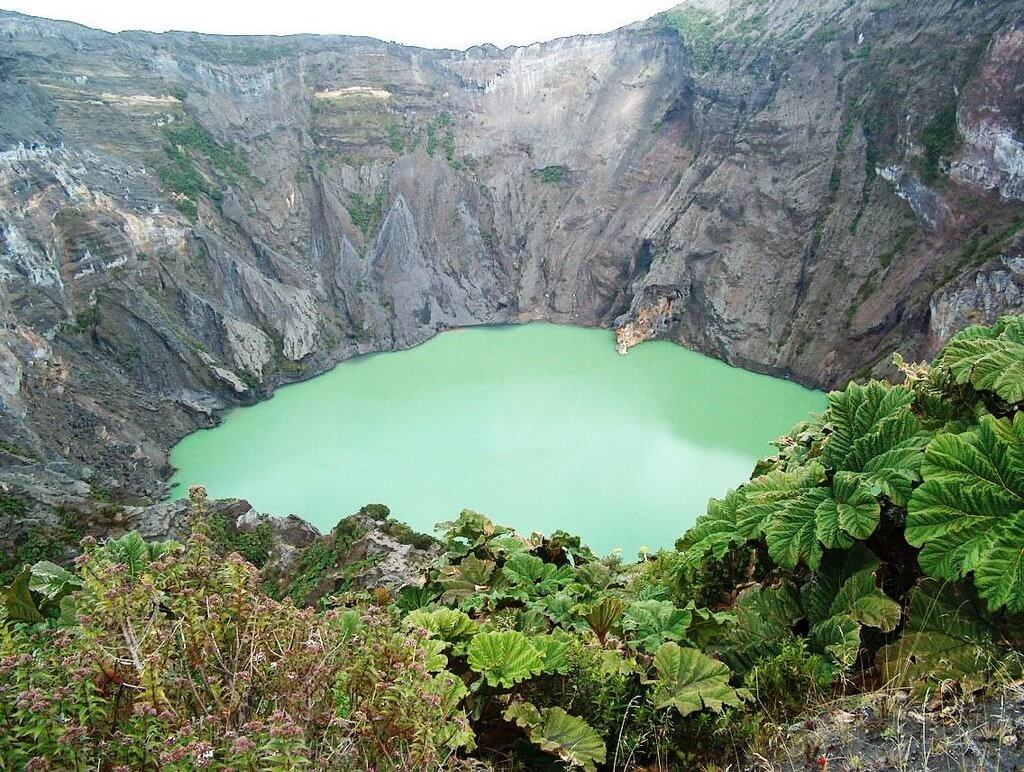 Irazu-Volcano-Orosi-Valley-Lankester-Garden-Tour-Operators-Costa-Rica-05
