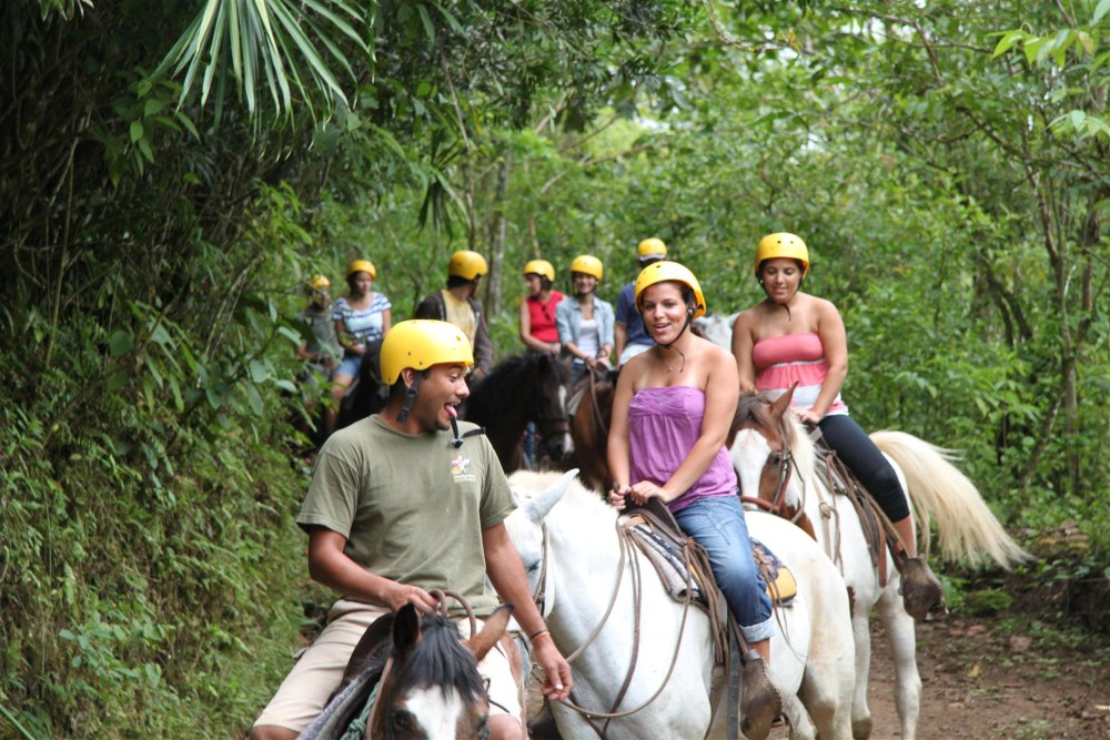 Lands-in-love-one-day-tour-Tour-Operators-Costa-Rica-01