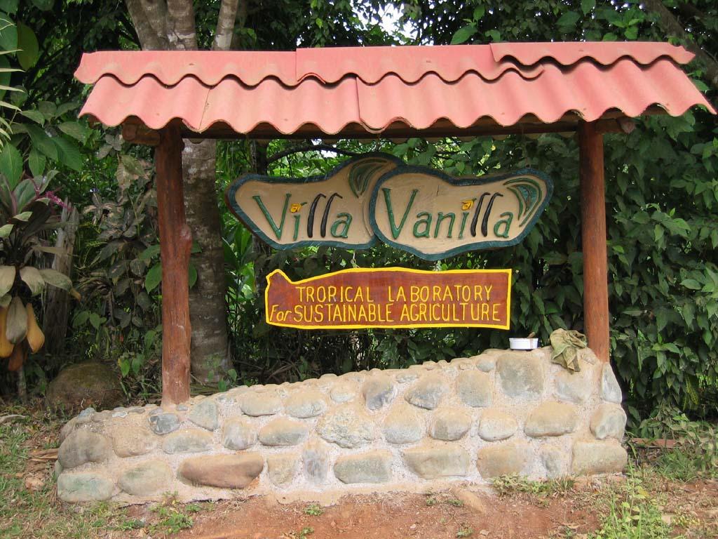 Vanilla-Tour-Manuel-Antonio-Tour-Operators-Costa-Rica-06