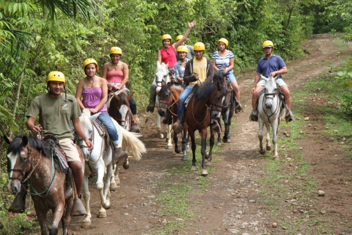 Lands-in-love-adventure-center-Costa-Rica-1