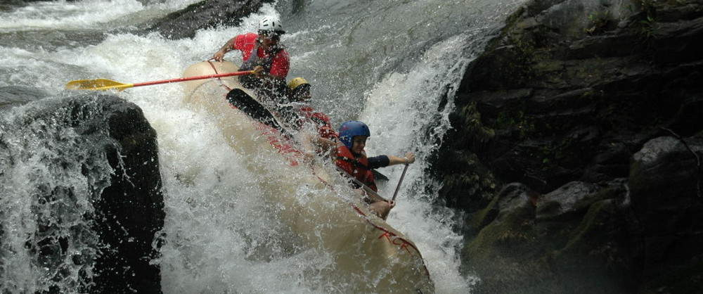 Tenorio-River-Rafting-Class-III-IV-Costa-Rica-1