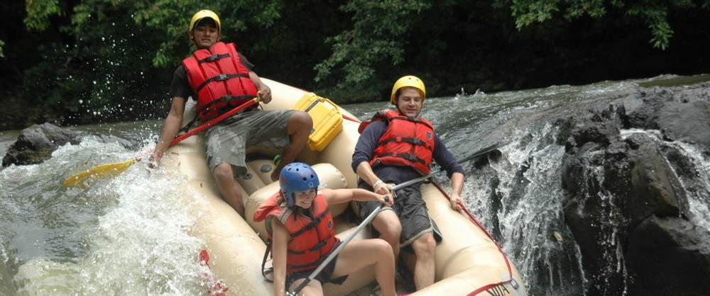 Tenorio-River-Rafting-Class-III-IV-Costa-Rica-4