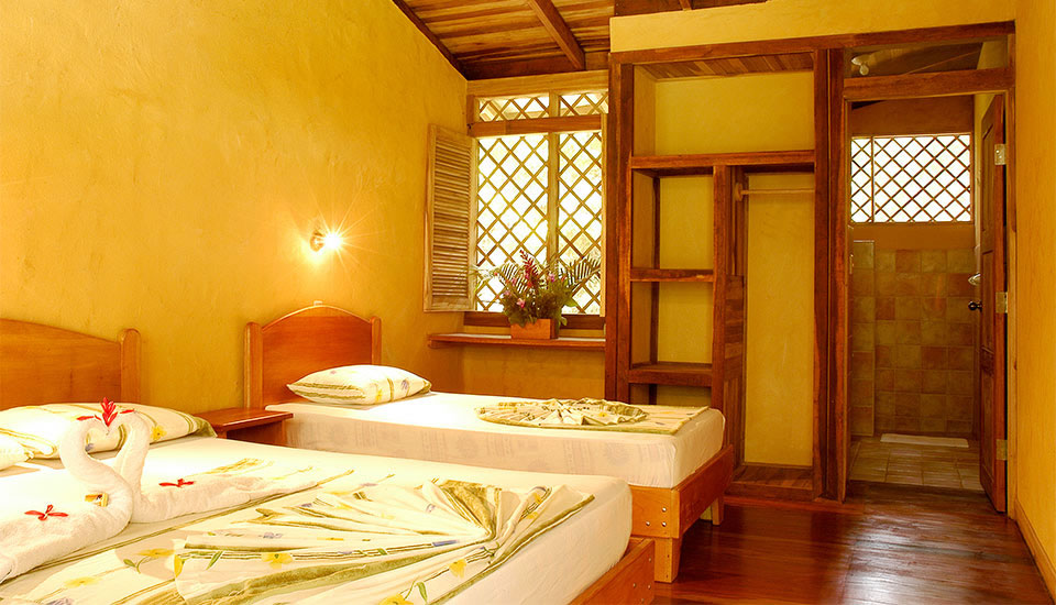 Hotel-Laguna-Lodge-Tortuguero-Costa-Rica-1