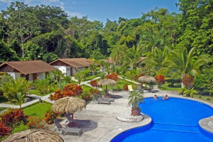 Hotel-Suizo-Loco-Lodge-Costa-Rica-3