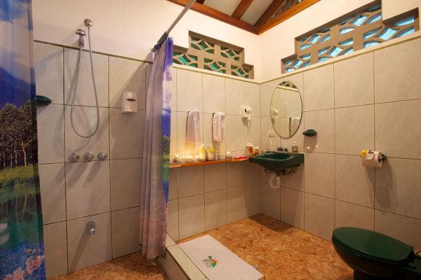 Hotel-Suizo-Loco-Lodge-Costa-Rica-6