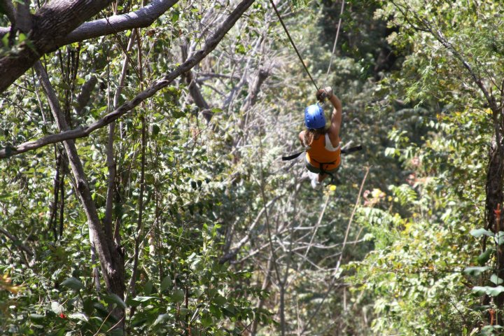 Monkey-Jungle-Canopy-Tour-Costa-Rica-2