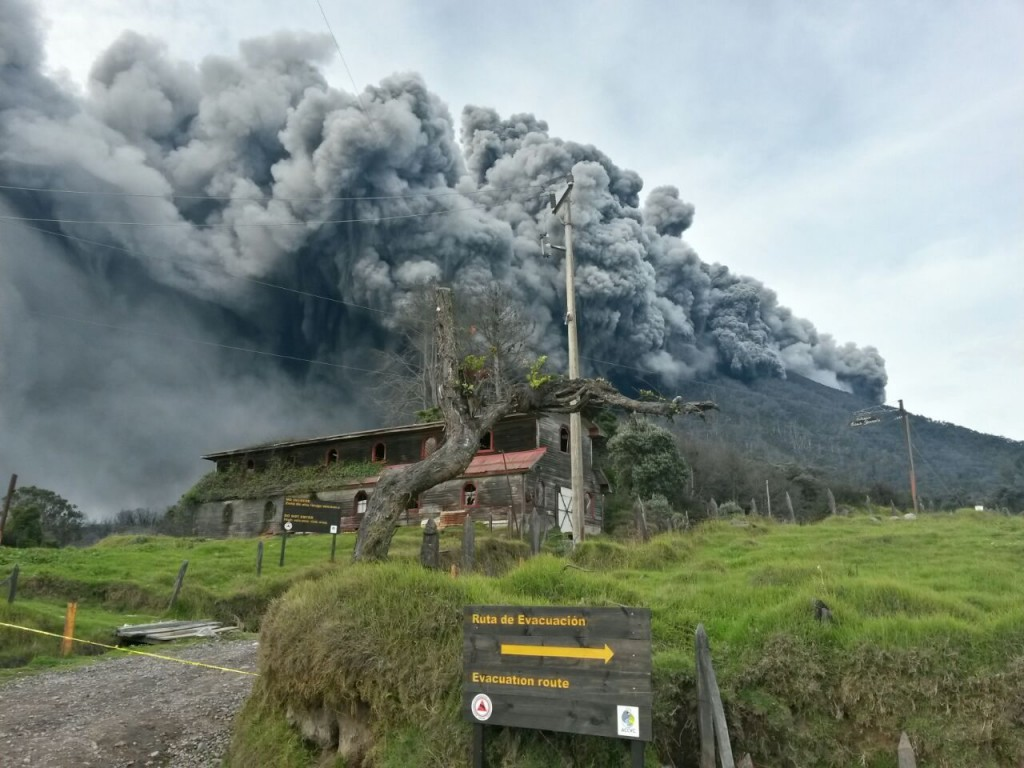 turrialba-volcano-2016