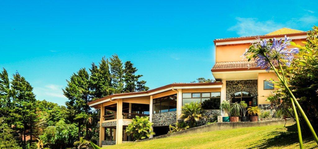 Hotel-Montana-Monteverde-Tour-Operators-Costa-Rica-01