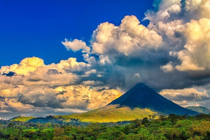Arenal Volcano by Steven Rodríguez